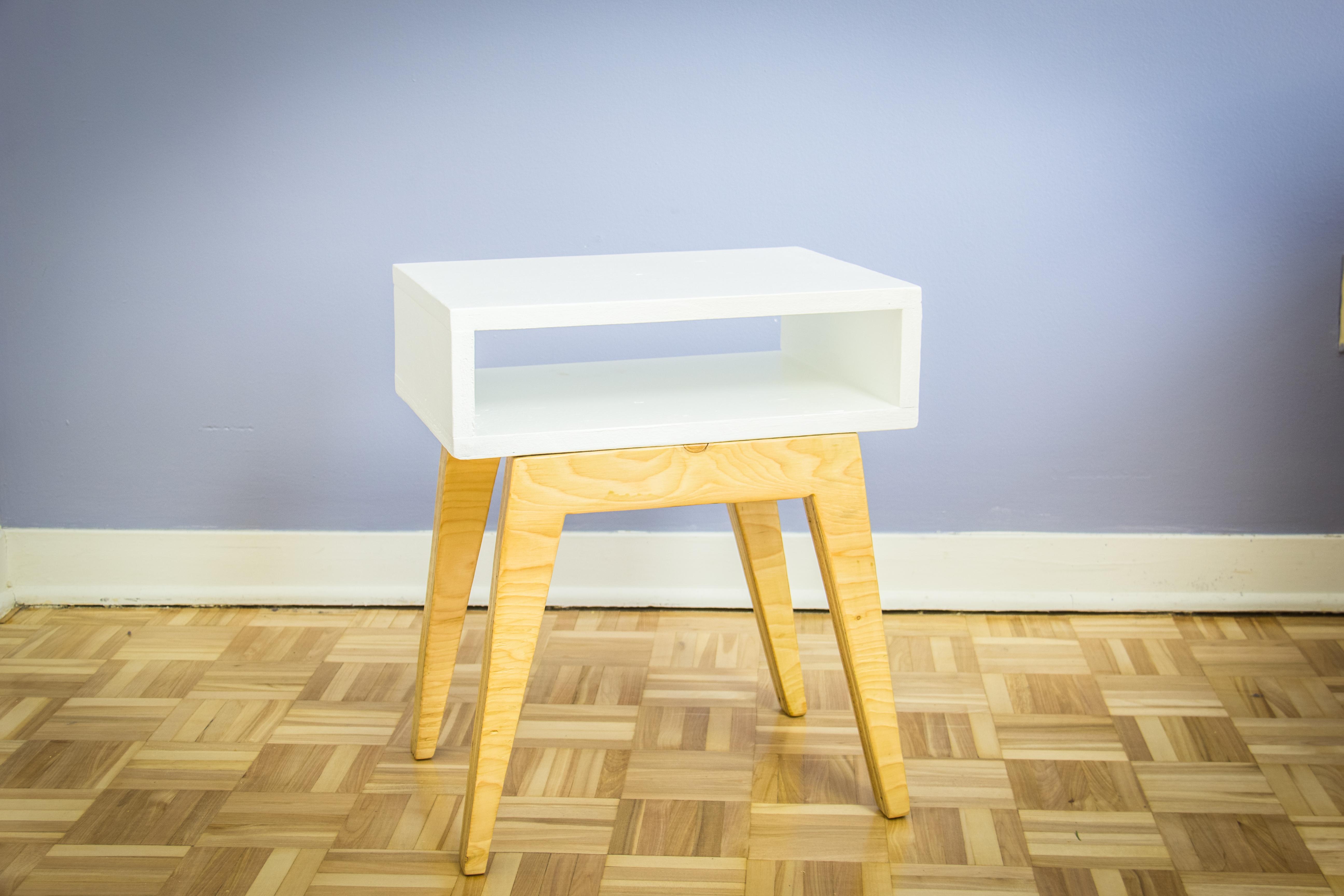 Fabriquer une table de chevet scandinave